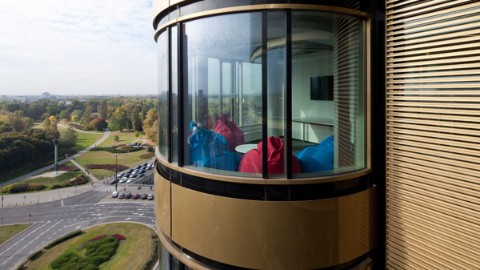 Picture 1: View on alcove from the outside of Warsaw office building Zebra Tower.